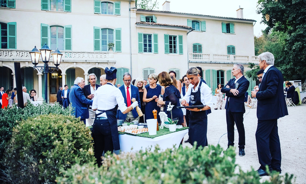 aperitif-exterieur-mariage-marseille